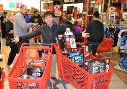 Shoppers in ANZ filling shopping carts on ForceFriday